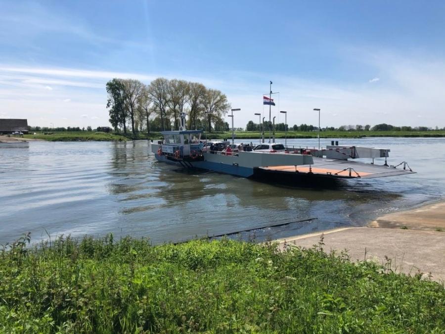 Fietsroute Rhenen langs de Rijn Pont Wageningen